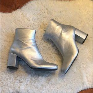 Metallic silver chunky ankle Zara boots size 8.5